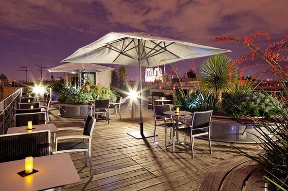 On continue la découverte des bars cachés !!! On vous présente le 43 Up on the Roof : retour sur l'un des meilleurs rooftops de Paris !