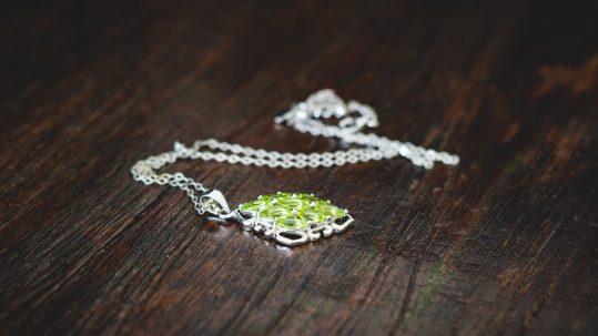 chain-fashion-sparkle-necklace-jewellery-jewel-517461-pxhere.com
