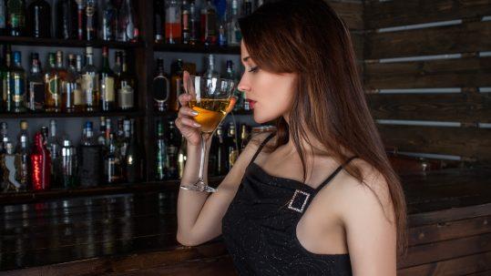 person-girl-woman-hair-wine-restaurant-1058435-pxhere.com