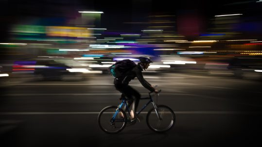 person-night-bicycle-city-vehicle-profession-651366-pxhere.com