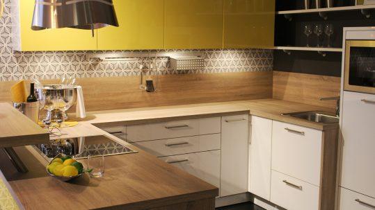 wood-floor-home-decoration-food-cottage-886149-pxhere.com